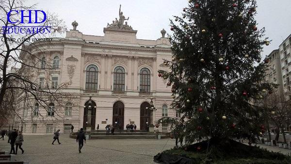 Đại học Công nghệ Warsaw - Du học CHD