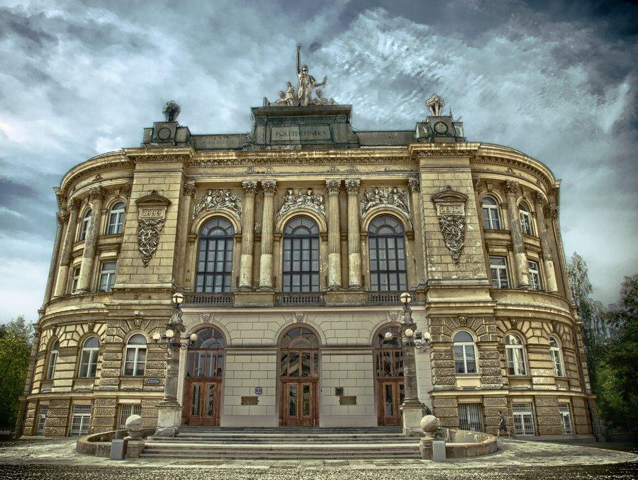 Học dự bị tiếng Ba Lan tại đại học Warsaw - Du học Ba Lan