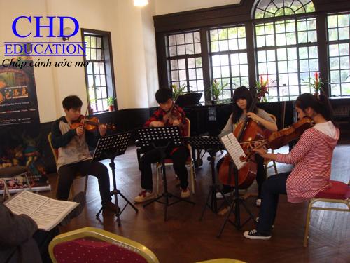 Sinh viên du học Trung Quốc tại Học viện Âm nhạc Thượng Hải