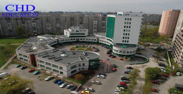 Du học Ba Lan Đại học Lazarki – Nơi ít nổi lo nhất của sinh viên